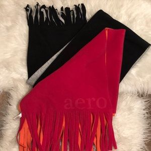 1 AEROPOSTALE/1 OLD NAVY FLEECE SCARVES